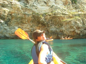 Kayaking on the southern coast (Cala Porter)